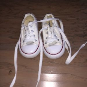 Toddler size 5 white lace up converse sneakers